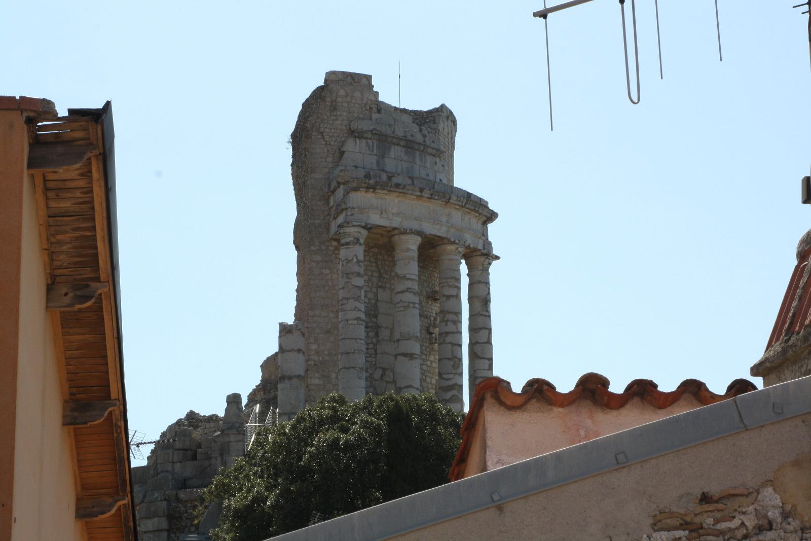 Creer Une Terrasse Tropezienne belle maison de village en pierre avec terrasse tropezienne avec cave